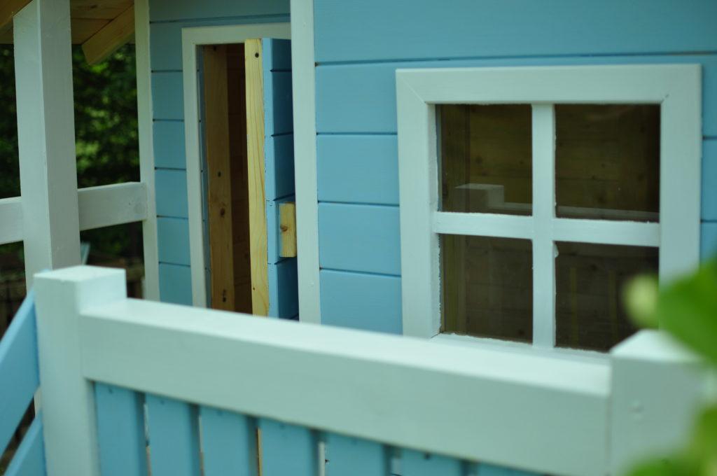Taras, okno i drzwi.